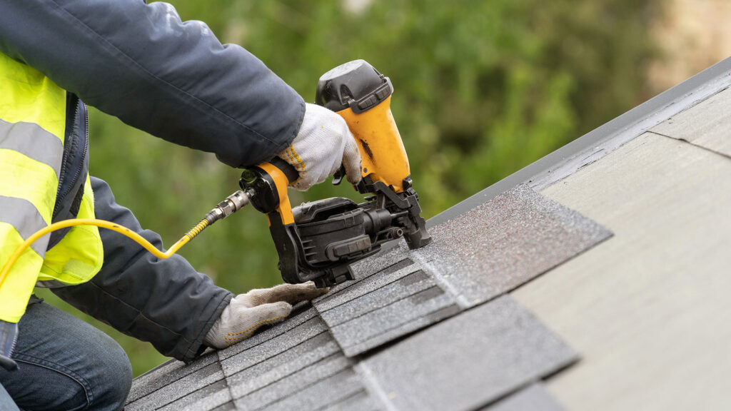 How to Maintain an Industrial Roof